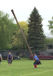 Caber toss | Alma Highland Games & Festival